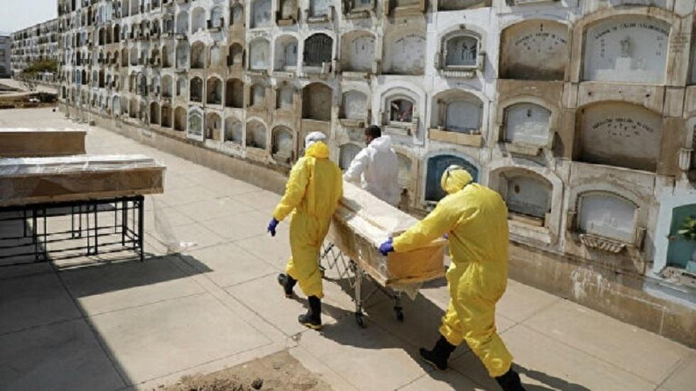 البرازيل تسجل 24052 إصابة و692 وفاة جديدة بفيروس كورونا