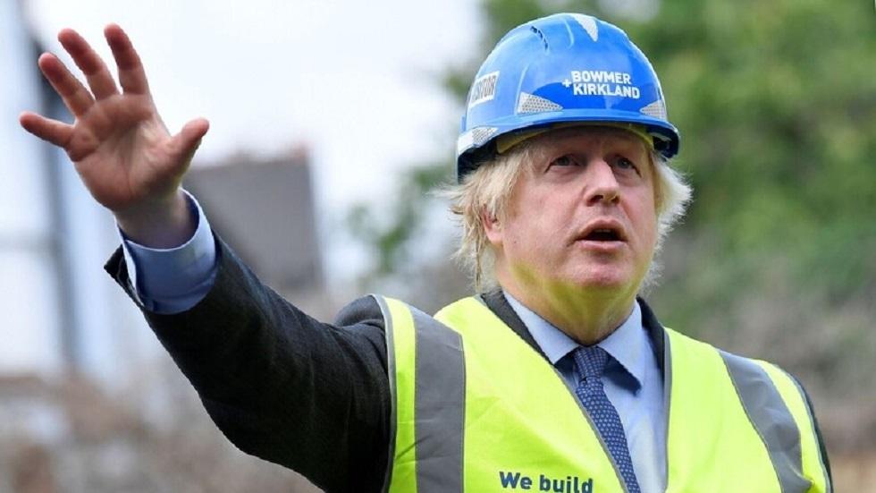 جونسون يطالب بالتوسع في البناء لمواجهة التباطؤ الاقتصادي بسبب كورونا