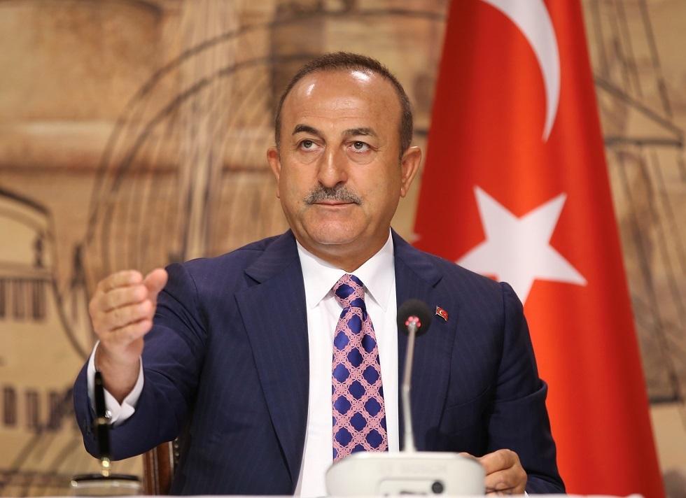 أوغلو: أنقرة تدعم حكومة شرعية وفق اتفاقيات ولكن فرنسا ماذا تفعل في ليبيا؟