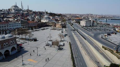 الجالية الجزائرية في تركيا تناشد سلطات بلادها التحرك بعد وفاة 5 عالقين