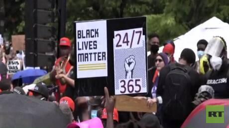 واشنطن.. تظاهرات غاضبة وارتياح لتخفيف العزل