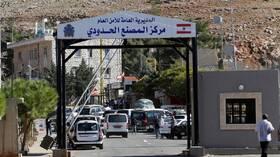 لبنان يفتح مؤقتا حدوده مع سوريا