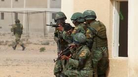مصادر لـRT: قوات المنطقة العسكرية الشمالية تحركت نحو الحدود مع ليبيا لتأمينها وليس الجيش الثالث