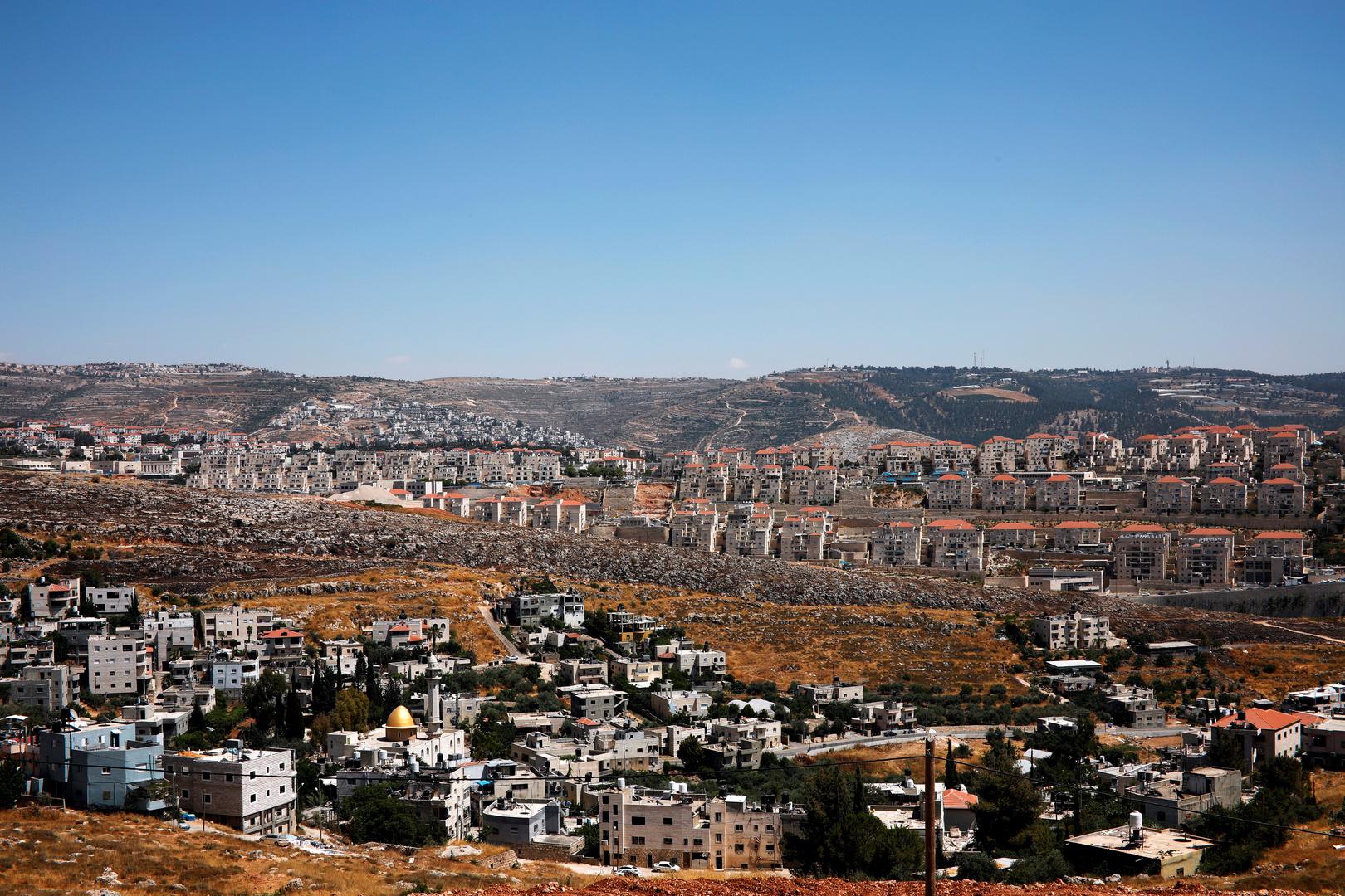 جونسون: أناشد إسرائيل كصديق بعدم ضم مستوطنات الضفة الغربية