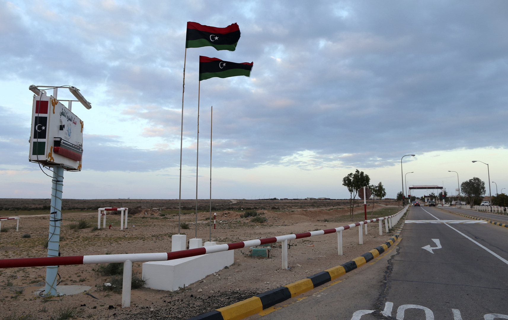 حكومة الوفاق: تصريحات ماكرون حول عدم دعم فرنسا لحفتر متأخرة وبعيدة عن واقع الأرض