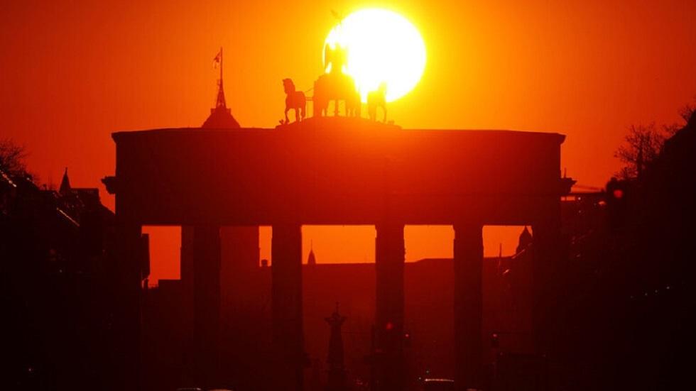 معهد: الاقتصاد الألماني يتعافى تدريجيا بعد تراجع بفعل الجائحة