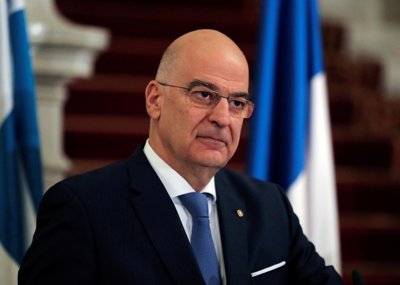 ليبيا.. وزير خارجية اليونان يزور طبرق للقاء صالح