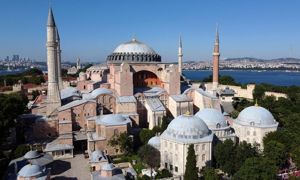 محكمة تركية تنظر في دعوى  تحويل
