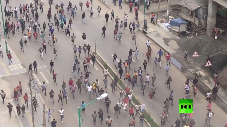مشاهد من احتجاجات شعبية واسعة في إثيوبيا بعد مقتل مغن شهير