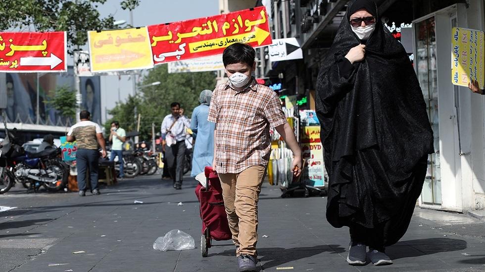 إيران.. ارتفاع معدلات الإصابة بكورونا في غالبية الأقاليم وروحاني يعلن فرض قيود