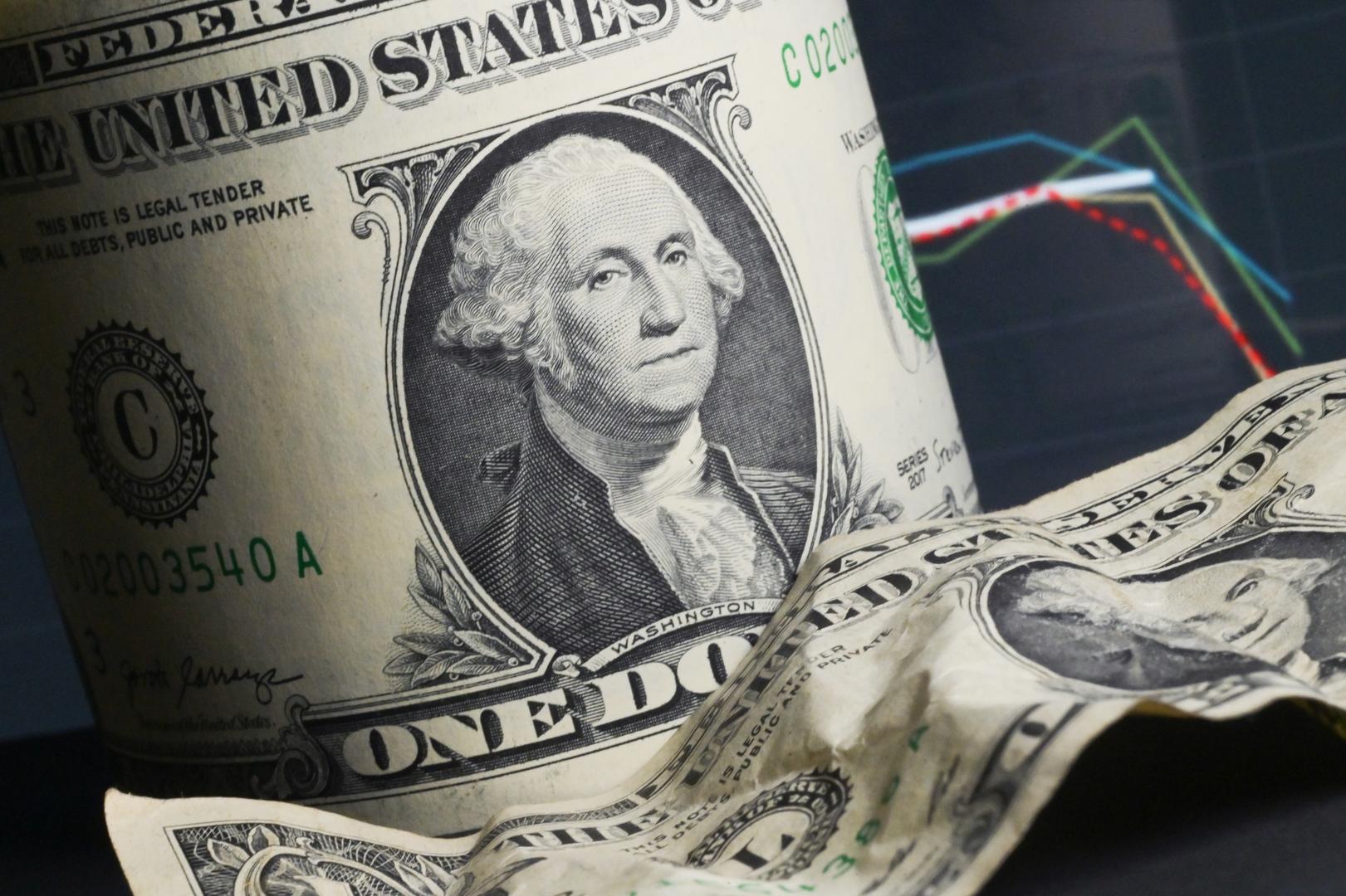 مصدر: سلطنة عمان تسعى للحصول على قرض مؤقت بملياري دولار