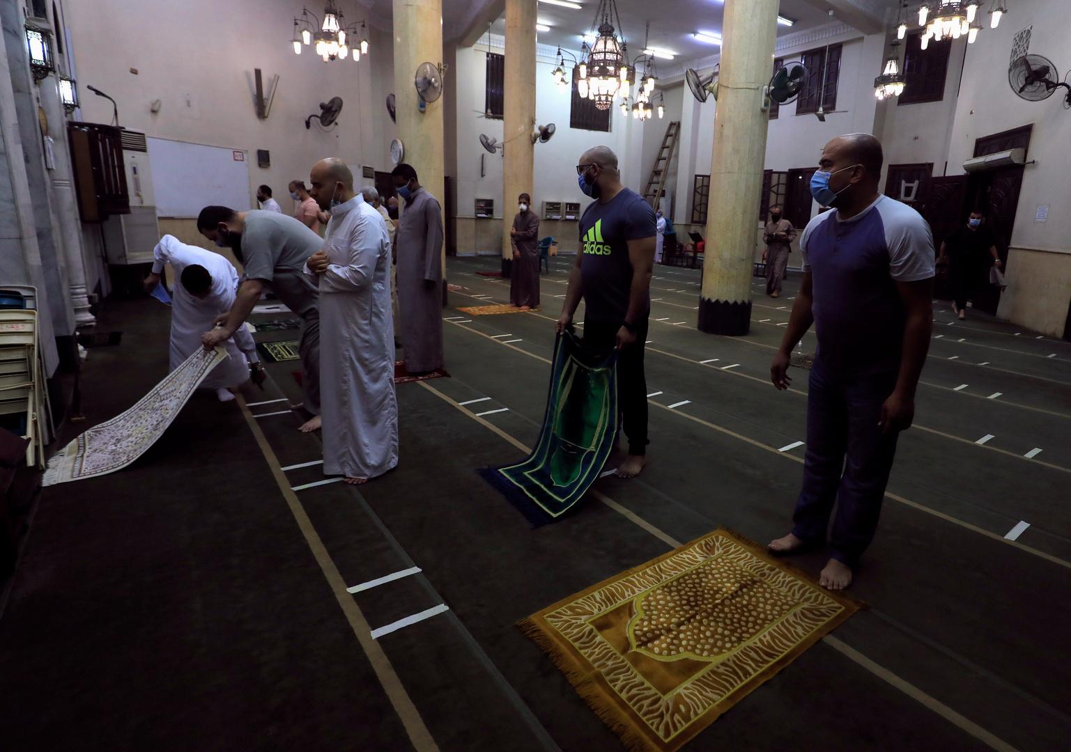 الأوقاف المصرية تؤكد غلق مساجد البلاد اليوم الجمعة باستثناء مسجد واحد