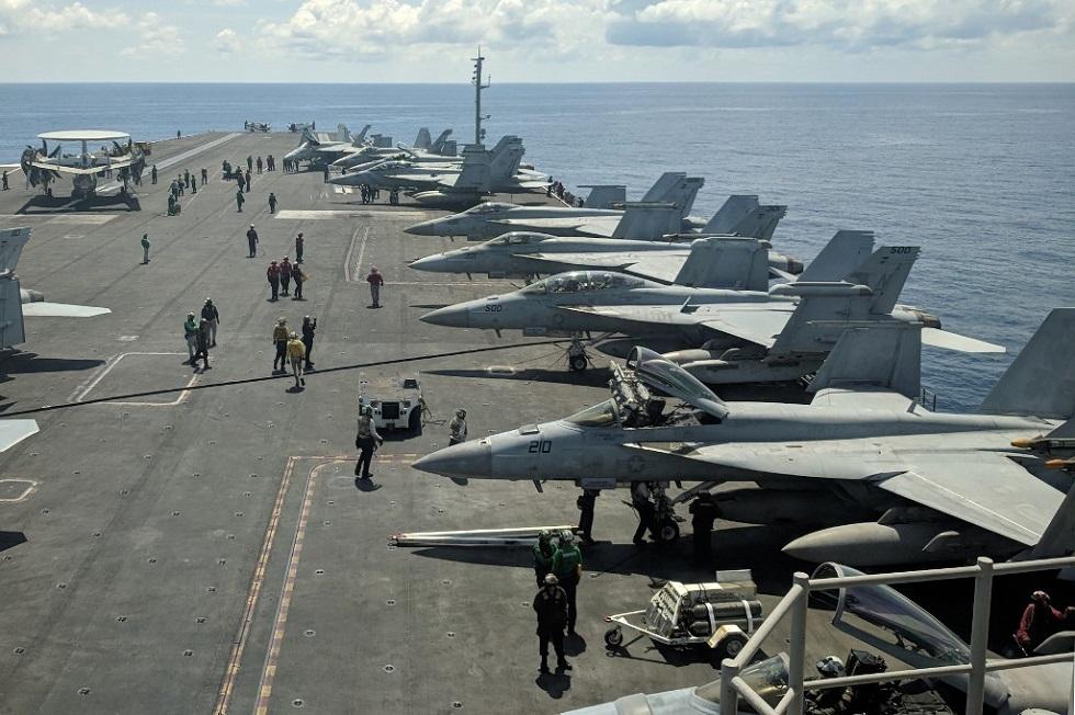 صحيفة: واشنطن سترسل حاملتي طائرات إلى بحر الصين الجنوبي حيث تجري بكين مناورات