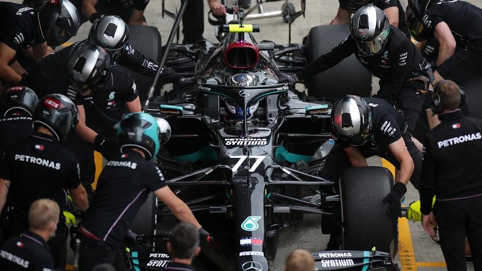 بوتاس ينتزع مركز أول المنطلقين من هاميلتون في سباق النمسا للفورمولا 1
