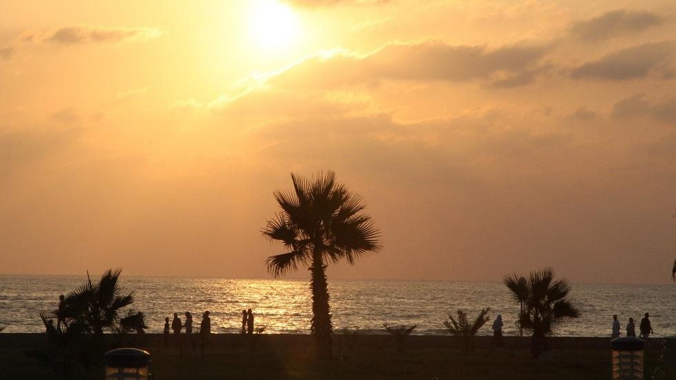 ساحل مدينة طرطوس السورية - أرشيف