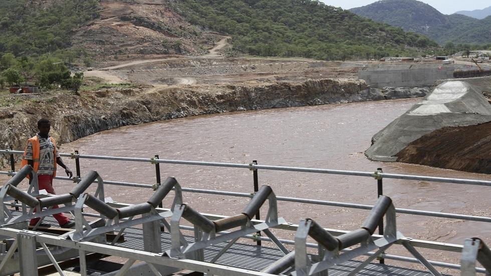 سد النهضة.. قيادي سوداني يقول إن إثيوبيا تملأ السد سرا والري المصرية تتحدث عن