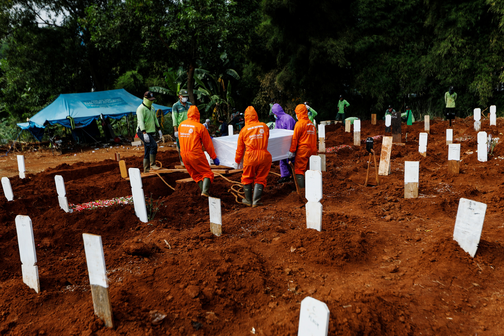إندونيسيا تسجل 70 وفاة جديدة بفيروس كورونا