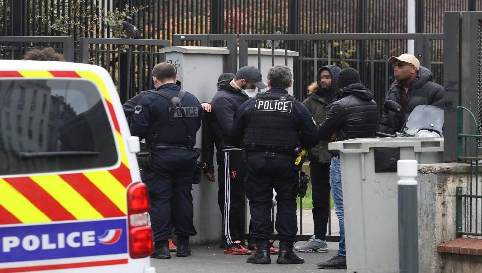 فرنسا تحاكم عميلين سابقين بتهمة التجسس لصالح بكين