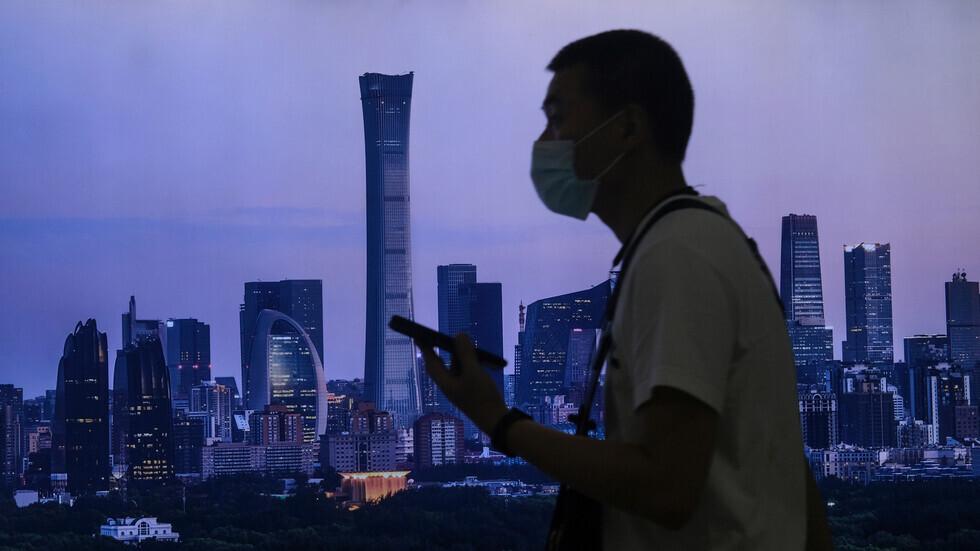 بعد 14 يوما بلا إصابات بكورونا.. بكين تخفض مستوى الخطورة