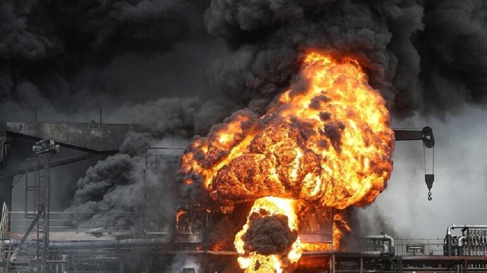حريق في مصفاة للنفط في فنزويلا