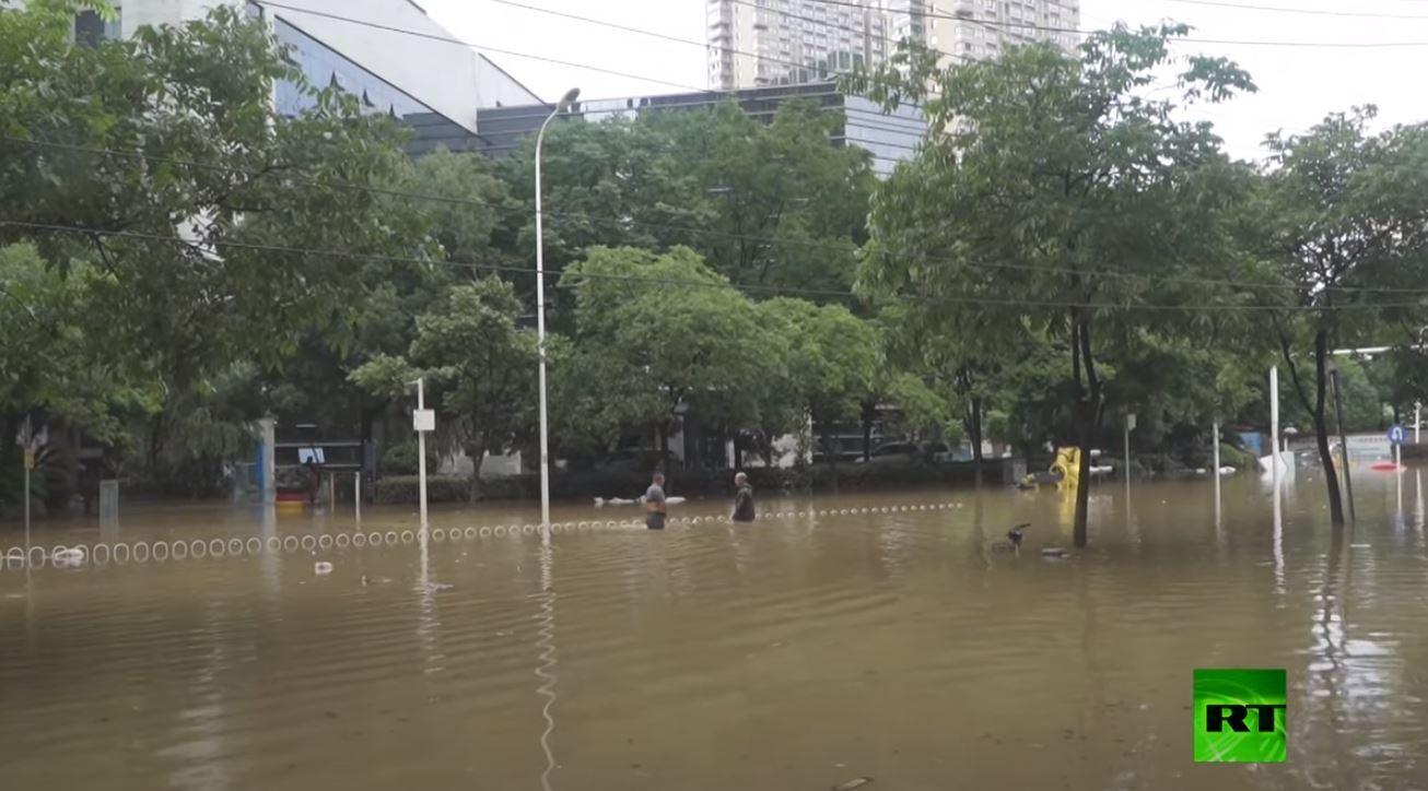 الفيضانات تغرق بؤرة تفشي كورونا الأولى