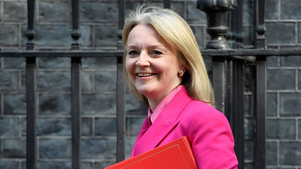 وزيرة بريطانية: حكومتنا امتثلت لأمر قضائي بشأن تصدير أسلحة للسعودية ويمكن أن تصدر تراخيص جديدة