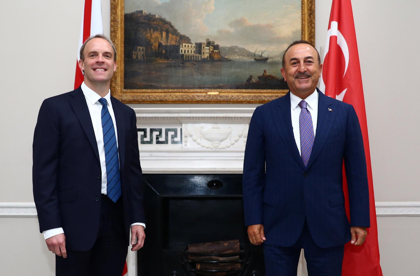 بريطانيا وتركيا تبحثان علاقات ما بعد