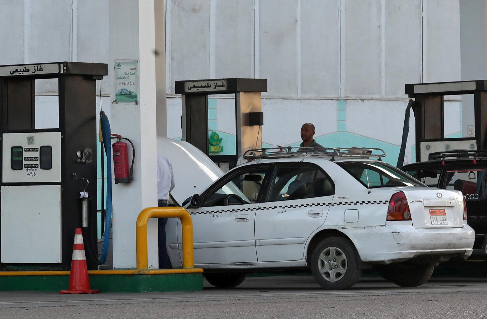الحكومة المصرية تبقي أسعار الوقود المحلية دون تغيير