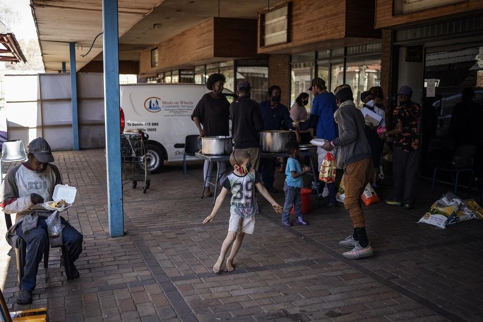 مركز مكافحة الأمراض  في إفريقيا يدعو لإجراءات صارمة مع تفشي عدوى كورونا