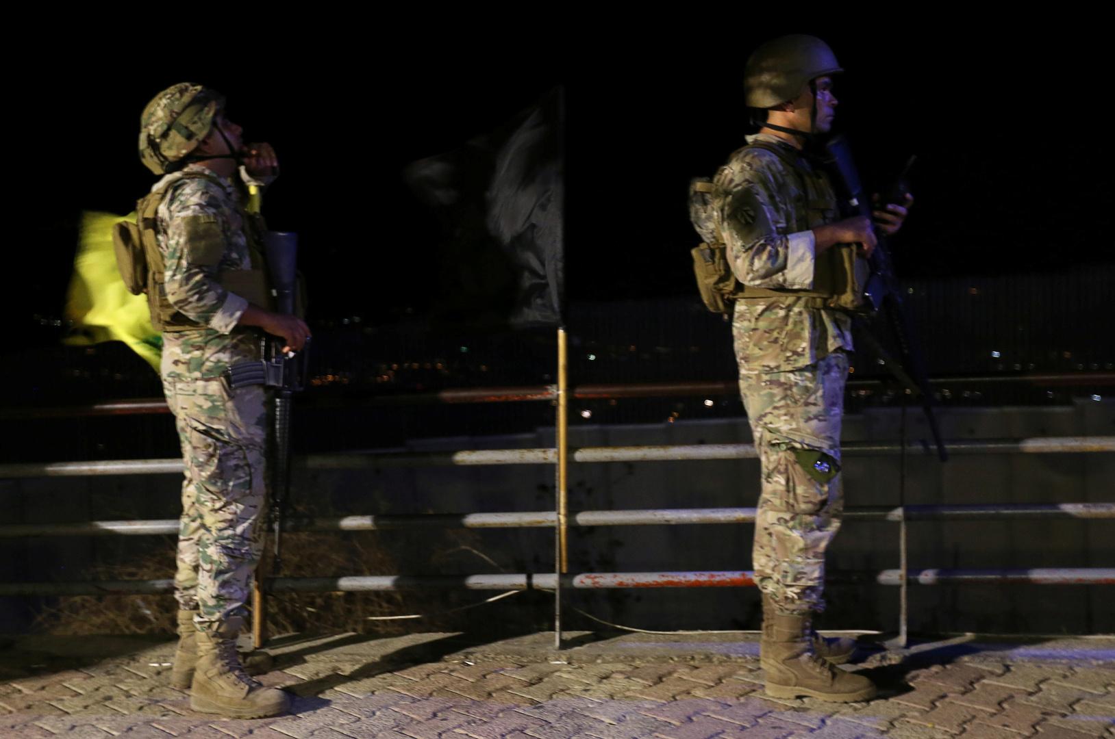 الجيش الإسرائيلي يعتقل 3 أشخاص حاولوا التسلل من الحدود اللبنانبة ليلا