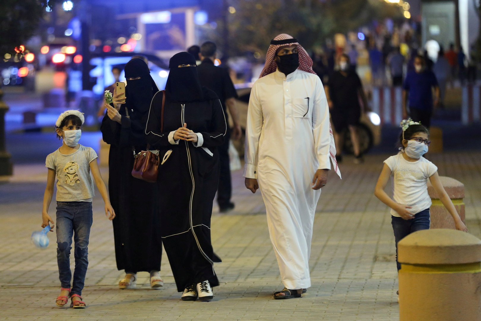 الوفيات اليومية جراء كورونا في السعودية فوق الـ50 من جديد