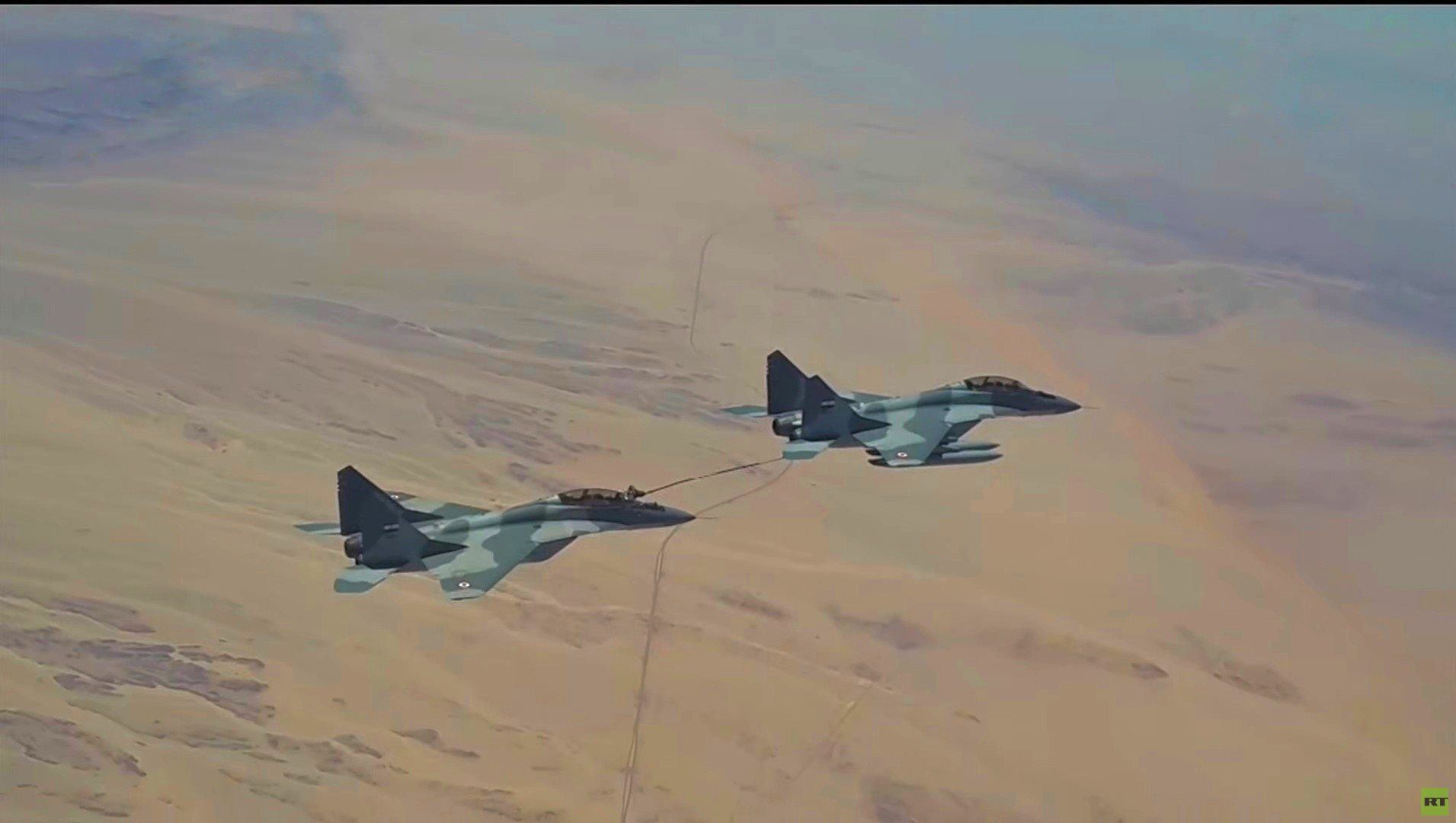 مصر.. ظهور مقاتلات خلال مناورات