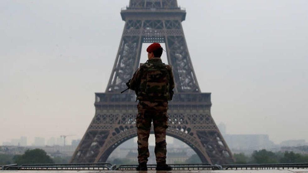 الولايات المتحدة تفرض رسوما جمركية بنسبة 25% على سلع فرنسية