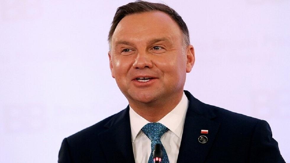 استطلاع: الرئيس البولندي دودا يتقدم بفارق طفيف في انتخابات الرئاسة