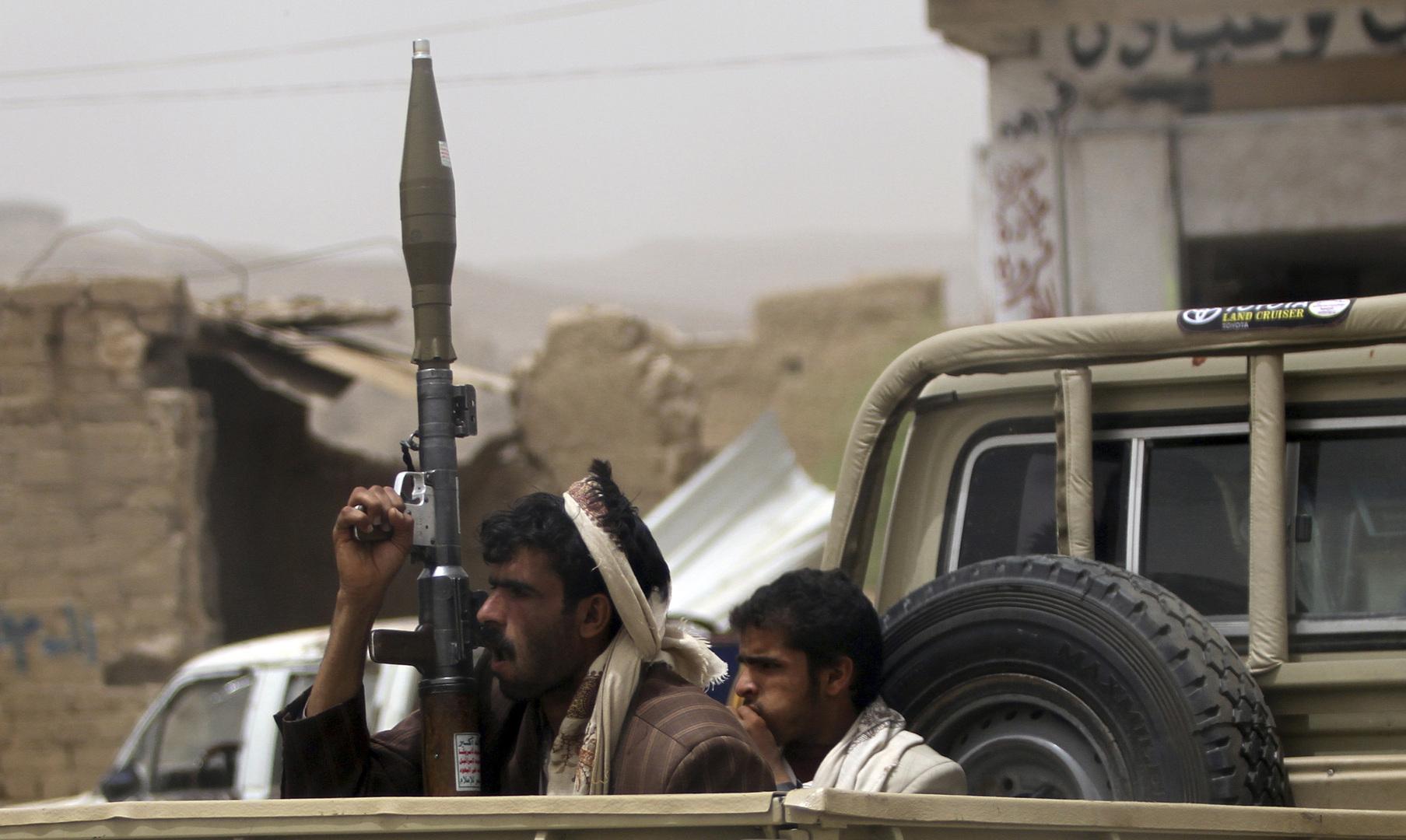 الحوثيون يعلنون استهداف مطارات أبها وجيزان ونجران في السعودية