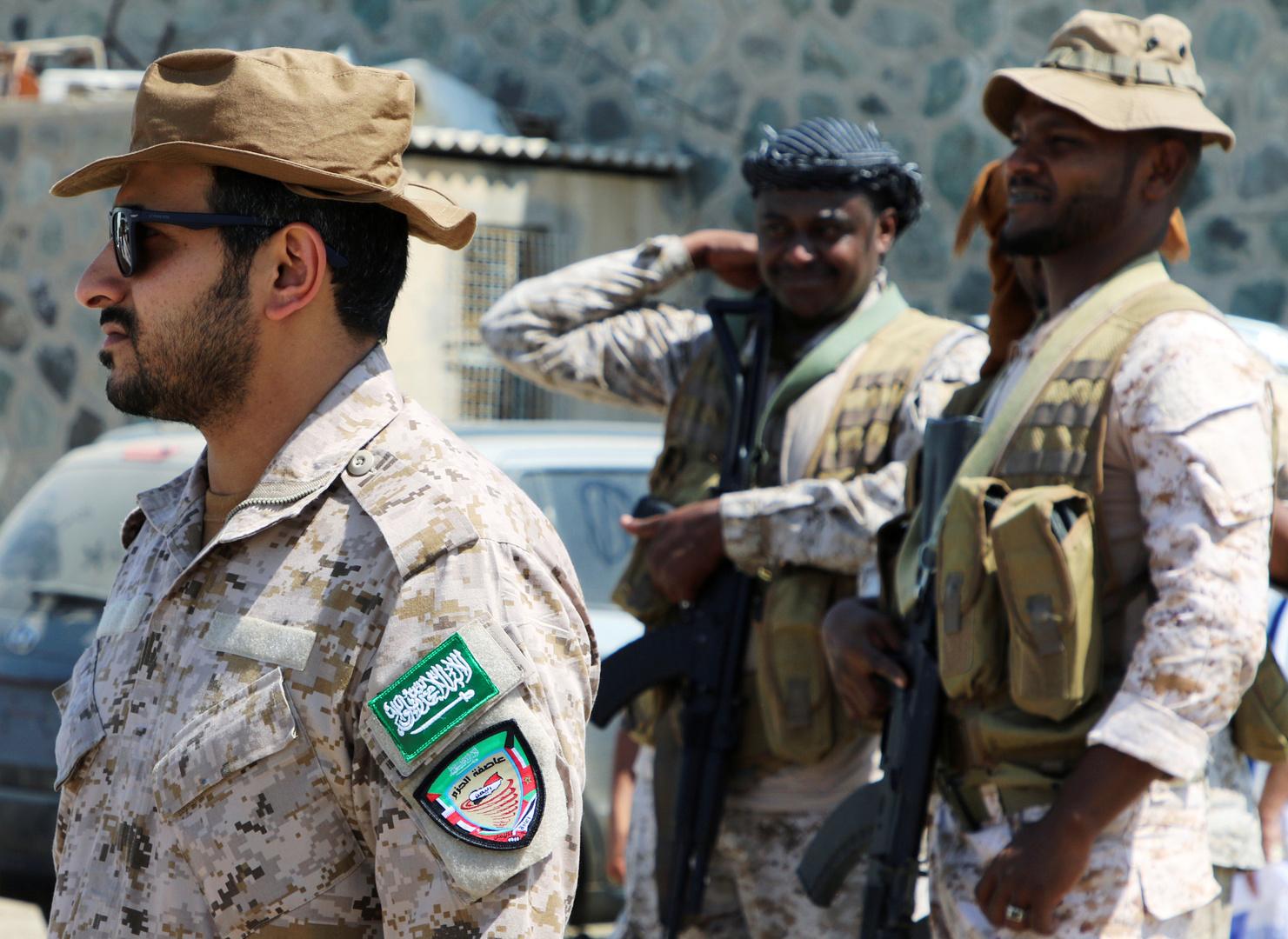 التحالف العربي: تم اعتراض 4 صواريخ و6 طائرات مسيرة للحوثيين