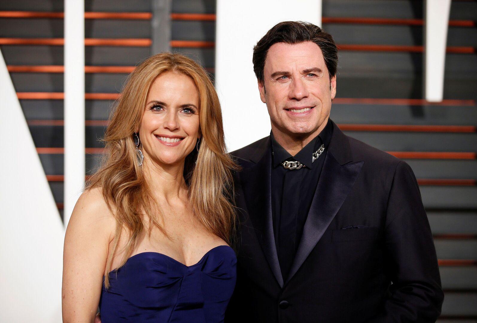 الممثل الأمريكي جون ترافولتا، وزوجته الممثلة الراحلة كيلي بريستون