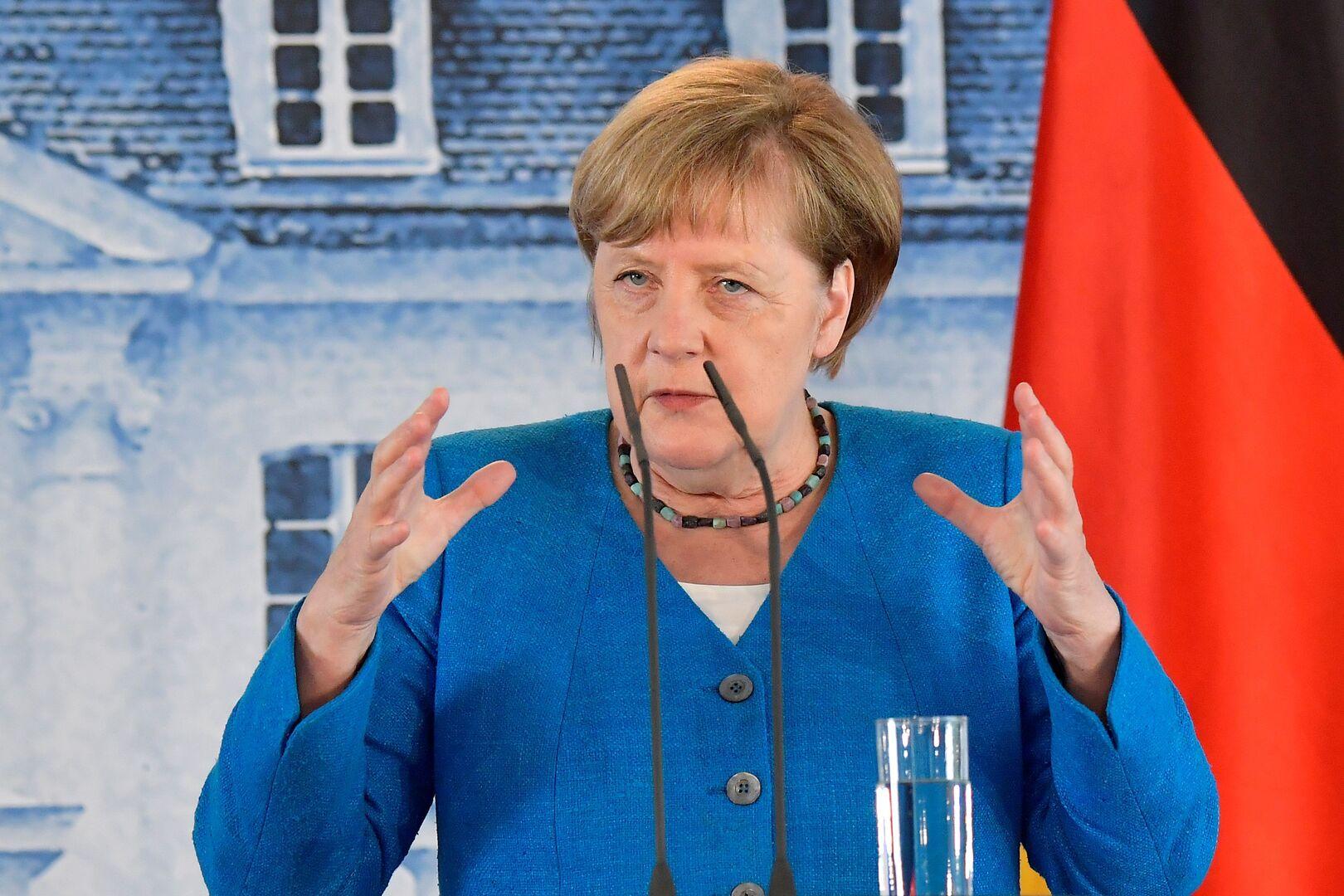 ميركل: على الاتحاد الأوروبي ألا يوقف الحوار مع الصين بسبب هونغ كونغ