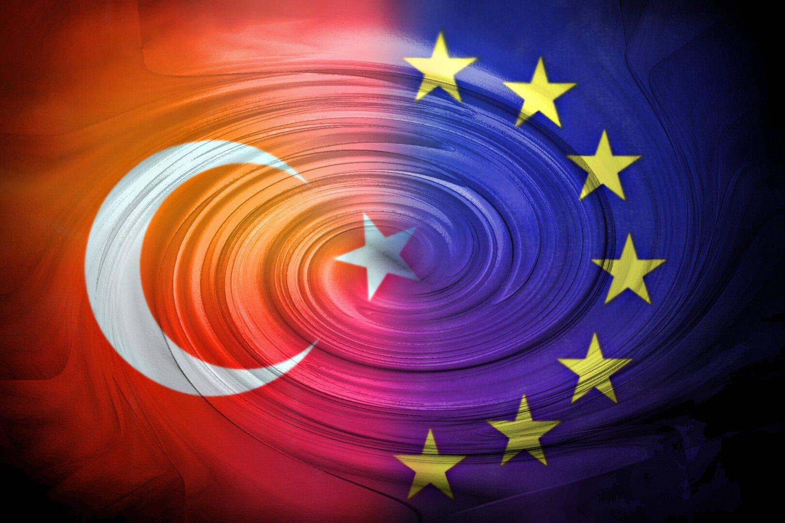 تركيا تتهم الاتحاد الأوروبي بـ