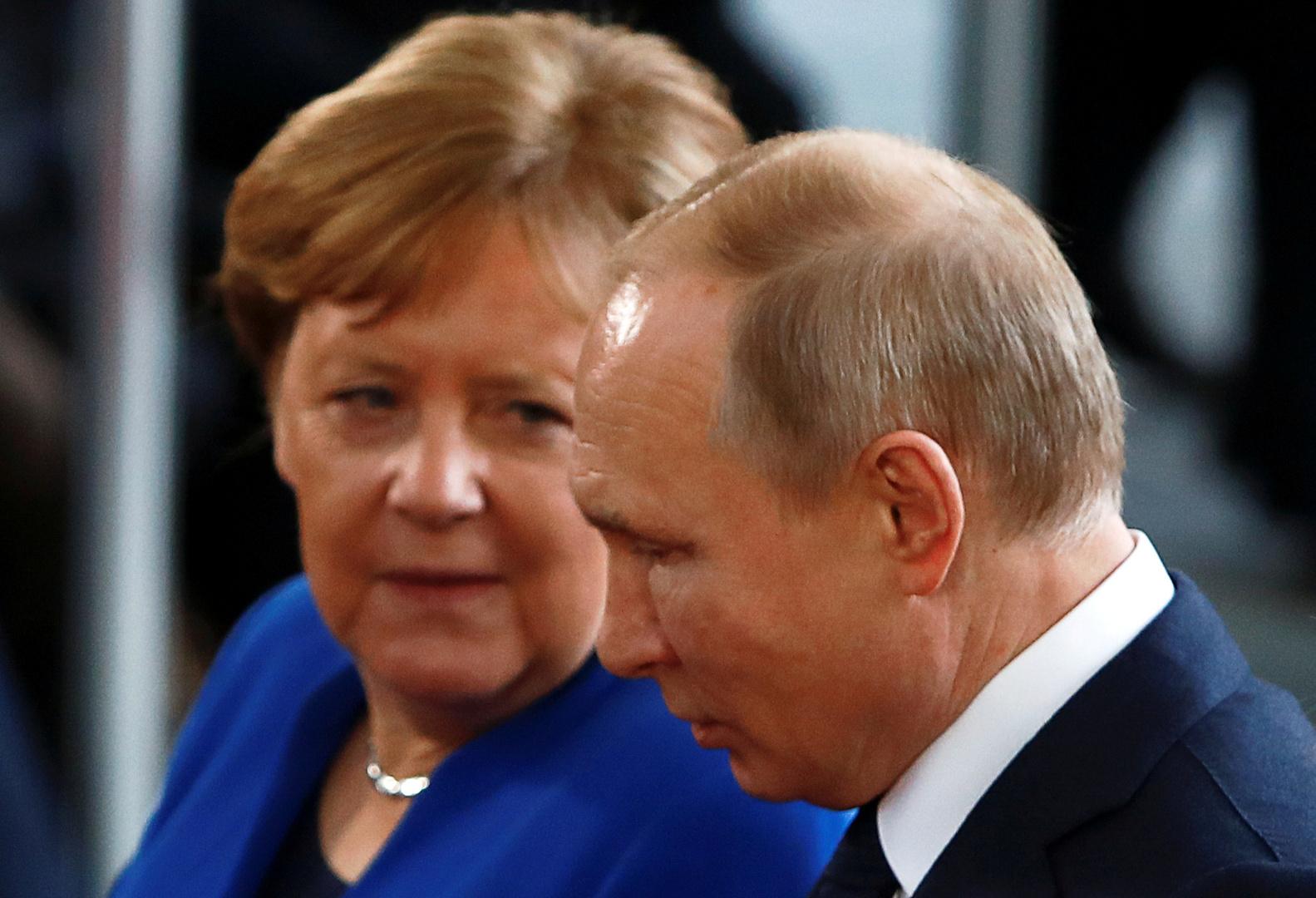 الأنغلوساكسونيون يدفعون برلين إلى عقوبات جديدة ضد روسيا