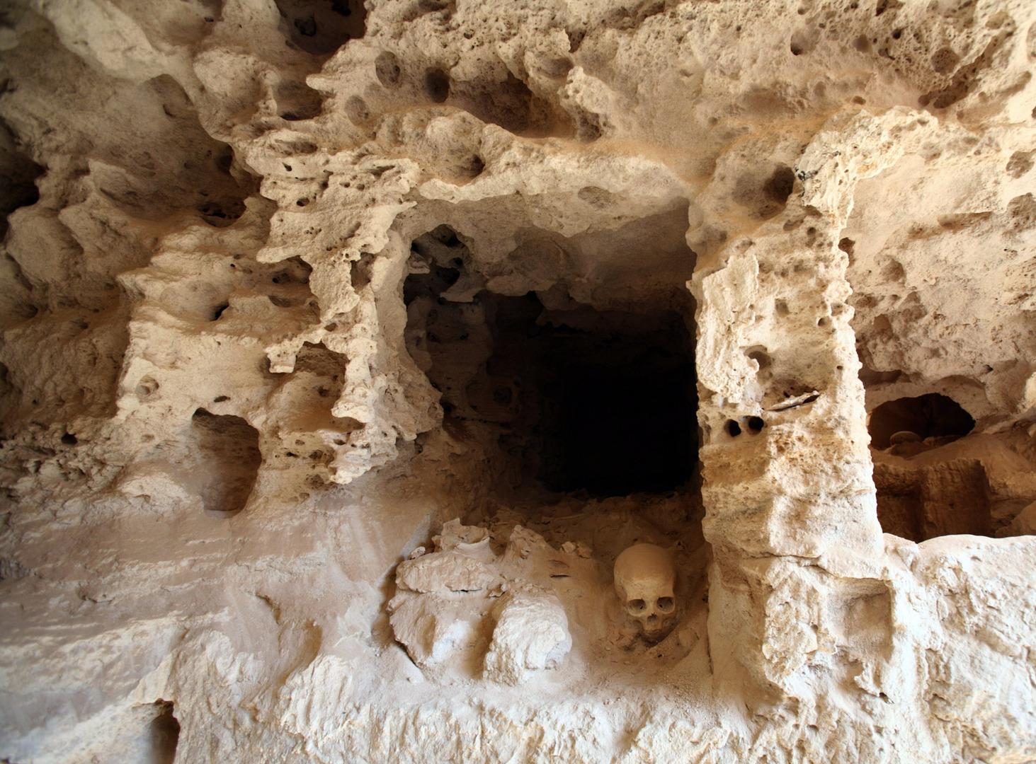 البحث عن مقبرة كليوباترا المفقودة يكشف عن