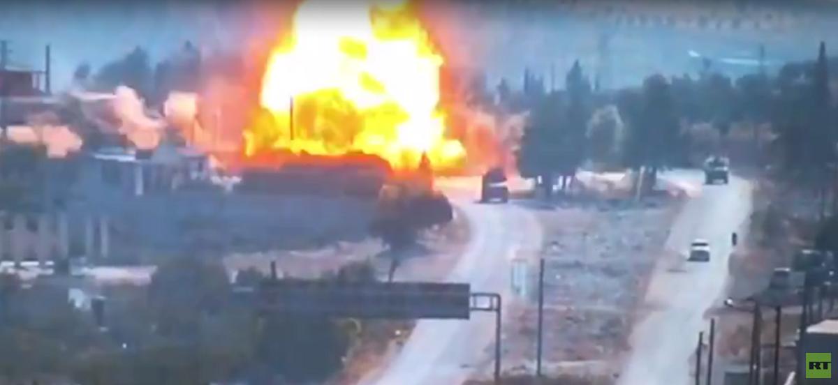 شاهد لحظة تفجير عبوة ناسفة أثناء مرور دورية روسية-تركية مشتركة في إدلب