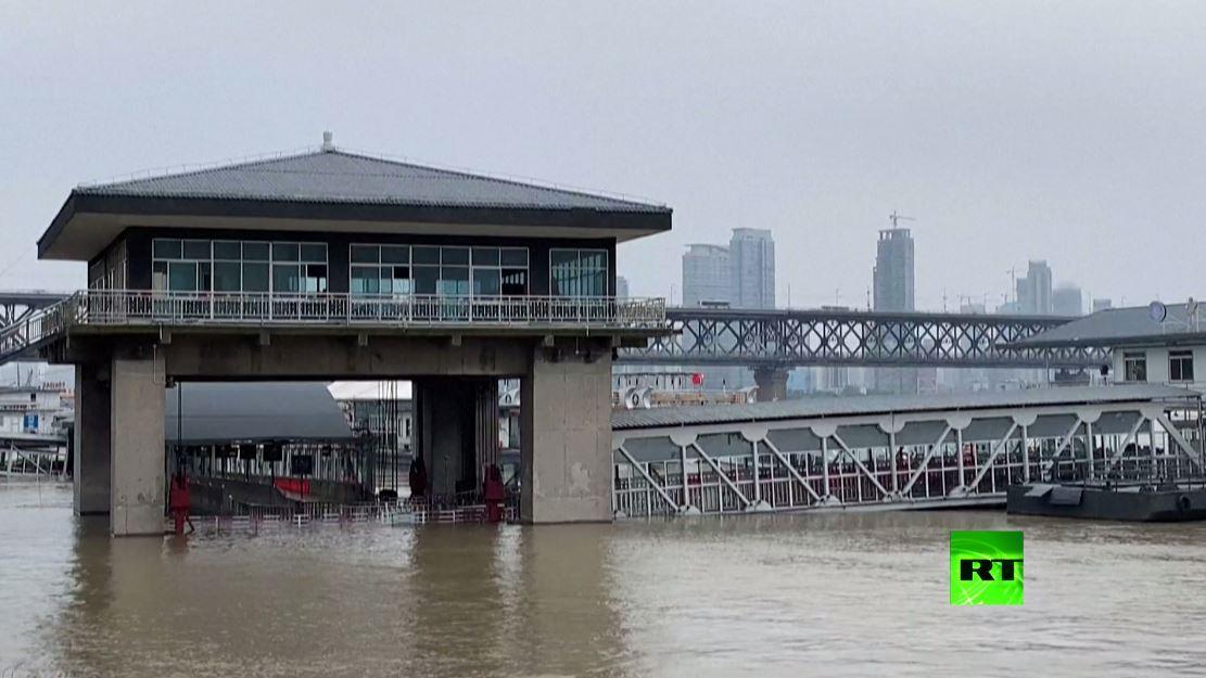 ووهان تواجه فيضانات