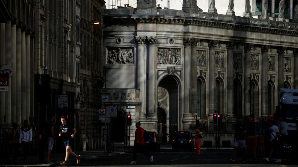بريطانيا تسجل ارتفاعا كبيرا في عدد الوفيات اليومية بفيروس كورونا