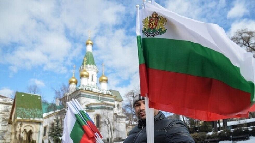 رئيس بلغاريا يدعو الحكومة والمدعي العام إلى الاستقالة