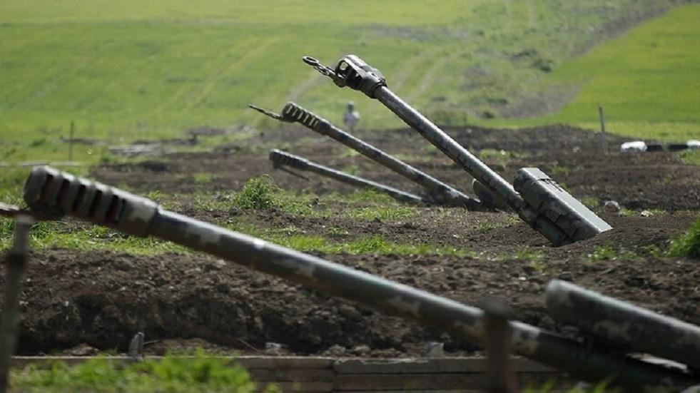 يريفان تعلن عن تدمير دبابة وبطارية مدفعية للجيش الأذربيجاني