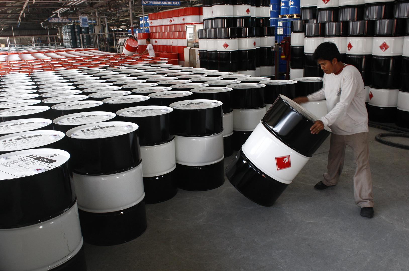 صادرات الخام السعودي تسجل أدنى مسستوى لها منذ عقد