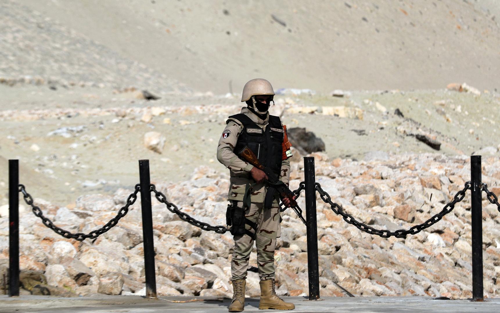مصر مهددة بحرب على جبهتين