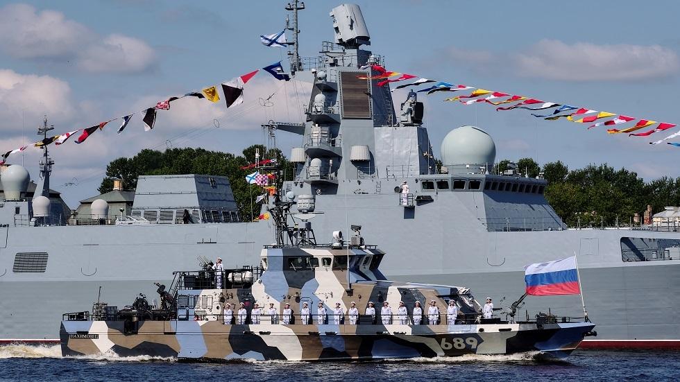 روسيا تبدأ بتطوير دفعة جديدة من السفن والغواصات الحربية المتطورة