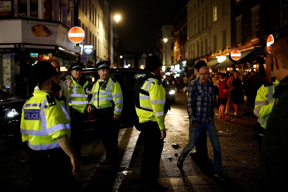 بريطانيا.. شرطة لندن تتعامل مع حادثة طعن في برودجيت وانتشار سيارات إسعاف بالموقع